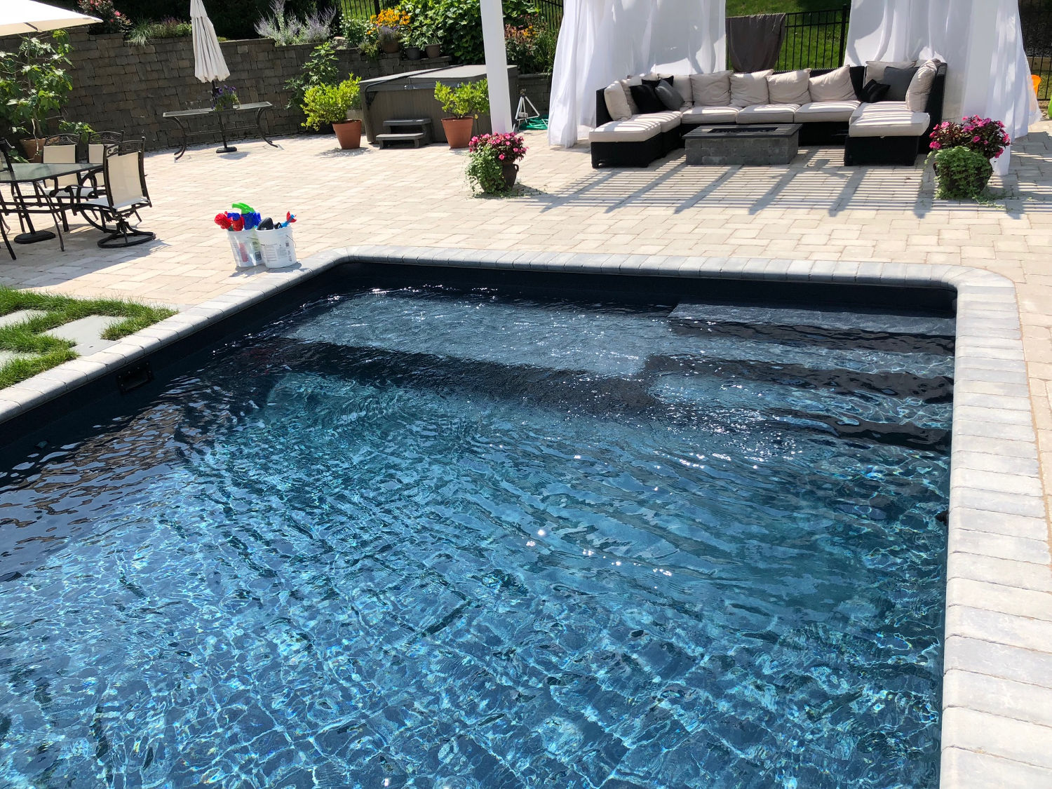 Custom Swimming Pool Features in Shelton and Monroe ...